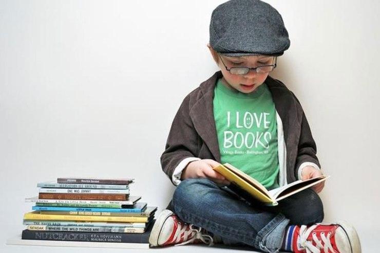 niño-leyendo-un-libro